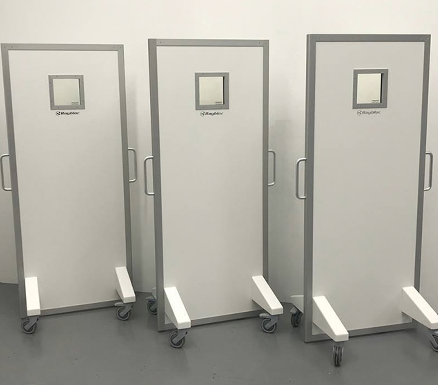 Mobile X-Ray Protection Screens - Wolverson X-Ray Limited